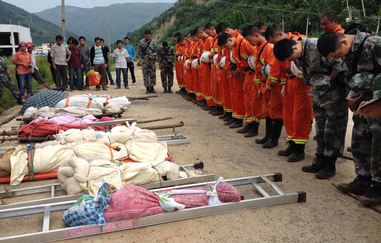 earthquake kills 22 in southwestern china essay