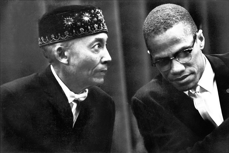 martin luther king jr vs malcolm Malcolm x and martin luther king, jrwere two of the most recognized and influential leaders of the civil rights movement they both fought for the cause of black.