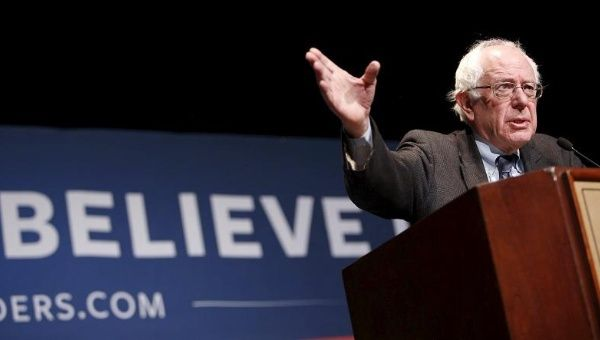 One Poll Shows Bernie Sanders Closing the Gap on Clinton Nationwide