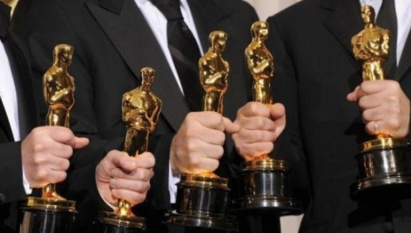 Follow the 2016 Oscars live