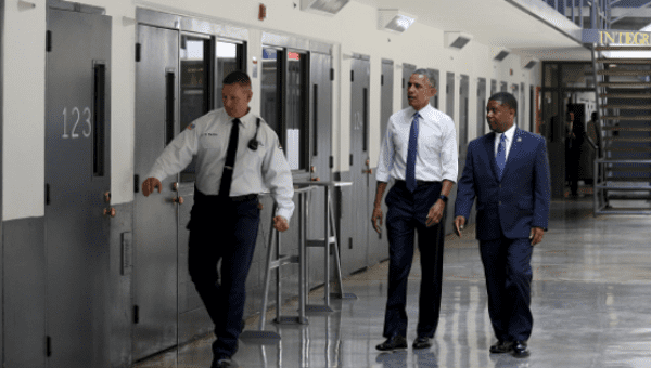 Obama shortens sentence of drug convict from Aberdeen