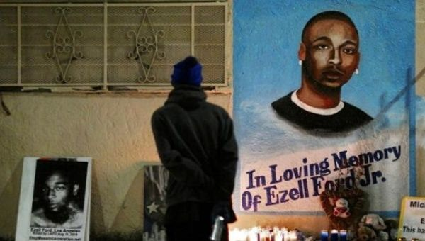 LAPD Officers Who Fatally Shot Ezell Ford Sue City, Alleging 'Racial Discrimination'