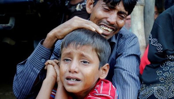 Myanmar's Aung San Suu Kyi accused of failing to protect Rohingya Muslims