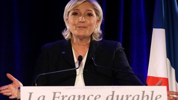 Marine Le Pen refuses to repay €300000 in 'misspent' European Union  funds