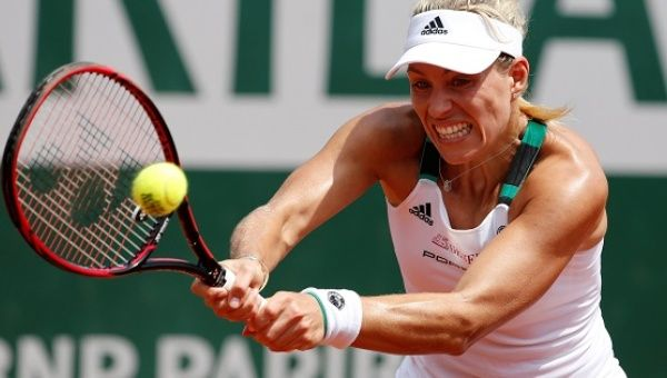 Ranked Angelique Kerber upset in first round of French Open