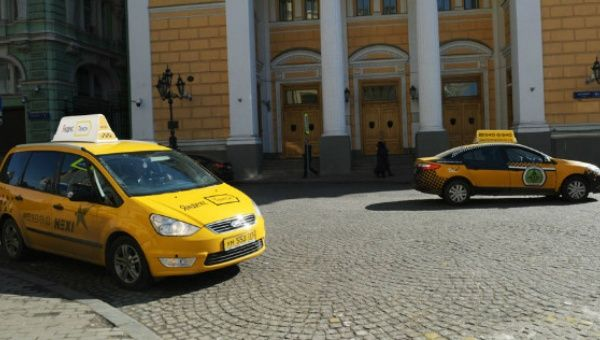 Russian taxi cabs in Moscow