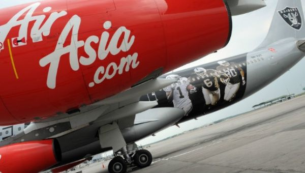 AirAsia Flight Returns to Perth after Engine Failure