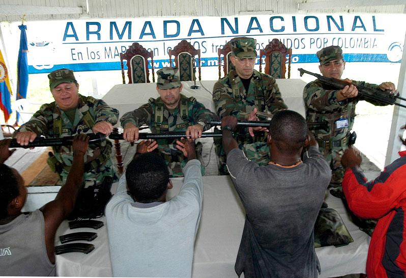 FARC inician camino de las armas a la palabra