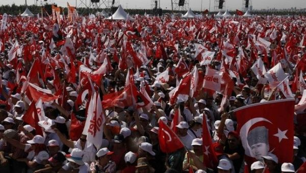 Turkey's opposition leader completes his march to Istanbul