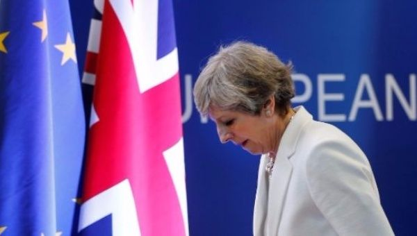 Brexit: Theresa May says free movement to end in March 2019