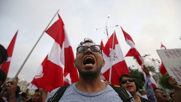 Peru's President and Rival Face Questions in Corruption Case