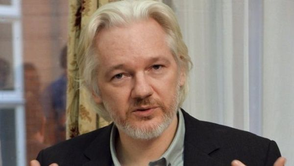 Julian Assange arrest warrant still stands - court