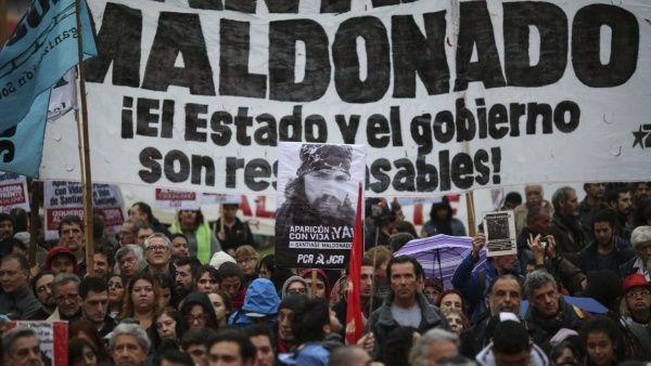 """La medida también apunta a desacreditar el testimonio de integrantes de la comunidad mapuche, los que señalaron como """"falsos""""."""