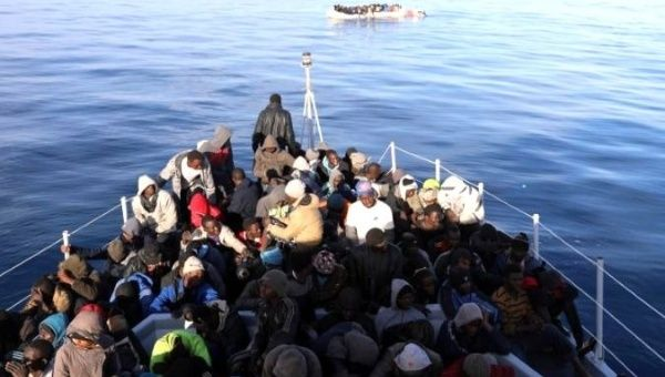 Migrants: '1000 people rescued in two days', Libyan Navy