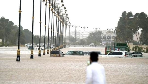 Cyclone kills eleven in Oman and Yemen