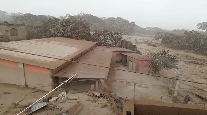 Decretan Estado de Calamidad tras erupción en Guatemala