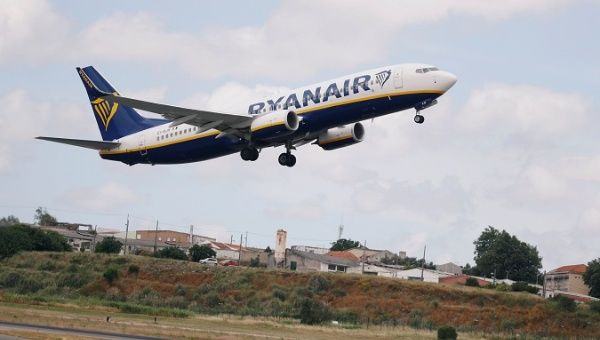 Hundreds of Flights Cancelled as Ryanair Staff Refuse to Fly Ryanair