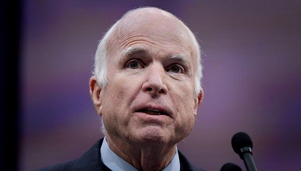 McCain lauded by presidents past and present, world leaders