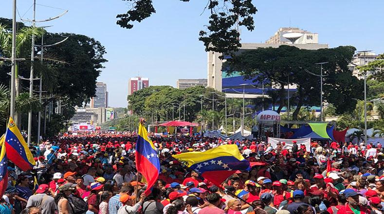 Guaidó agradece el reconocimiento de Sánchez y Maduro le llama