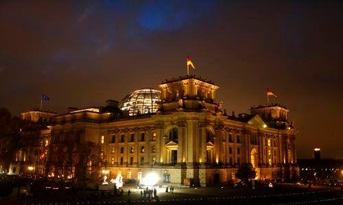 Merkel considera la posibilidad de convocar elecciones anticipadas