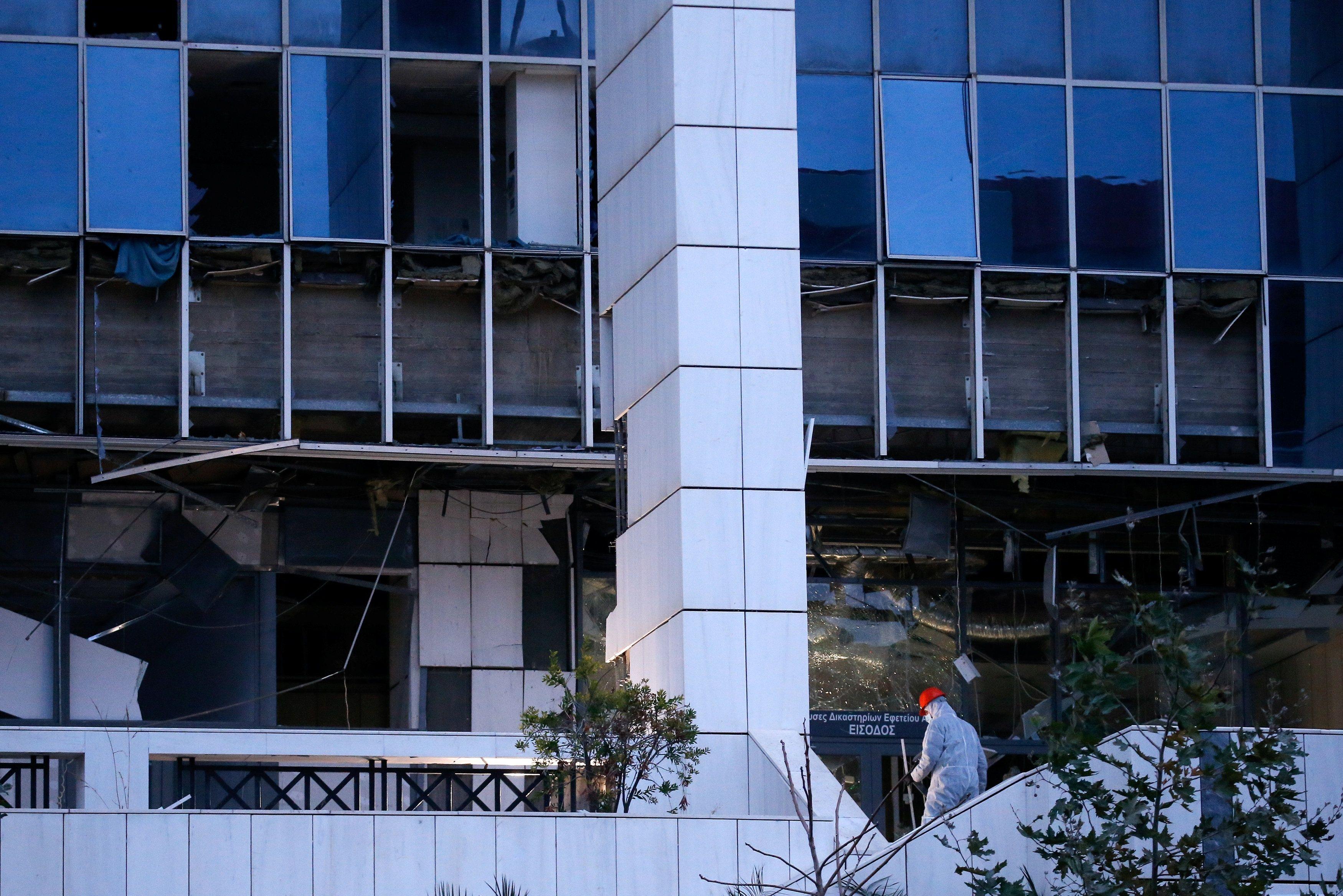Explosión frente a Tribunal de Apelaciones en Atenas no deja víctimas