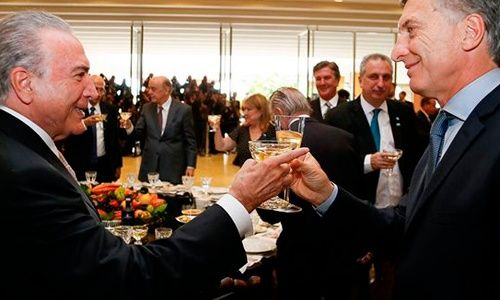 Cumbre del Mercosur: Temer felicitó a Macri por la reforma previsional