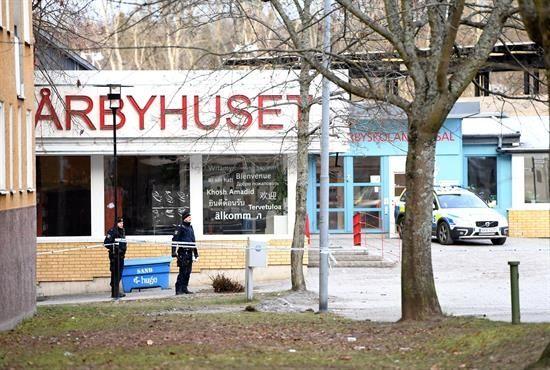 Un muerto en suburbio de Estocolmo debido a una explosión