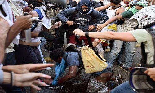 Maduro pide a la ALBA solidaridad con naciones agredidas por Trump