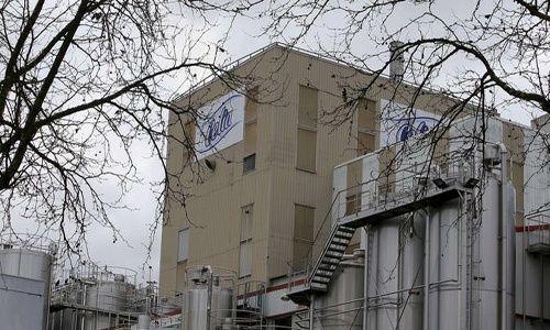 Vendieron en Francia leche 'contaminada' pese a órdenes de retirada