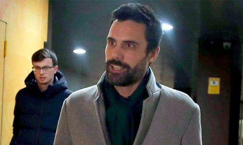 Abogados del Parlamento de Cataluña rechazaron investidura de Puigdemont