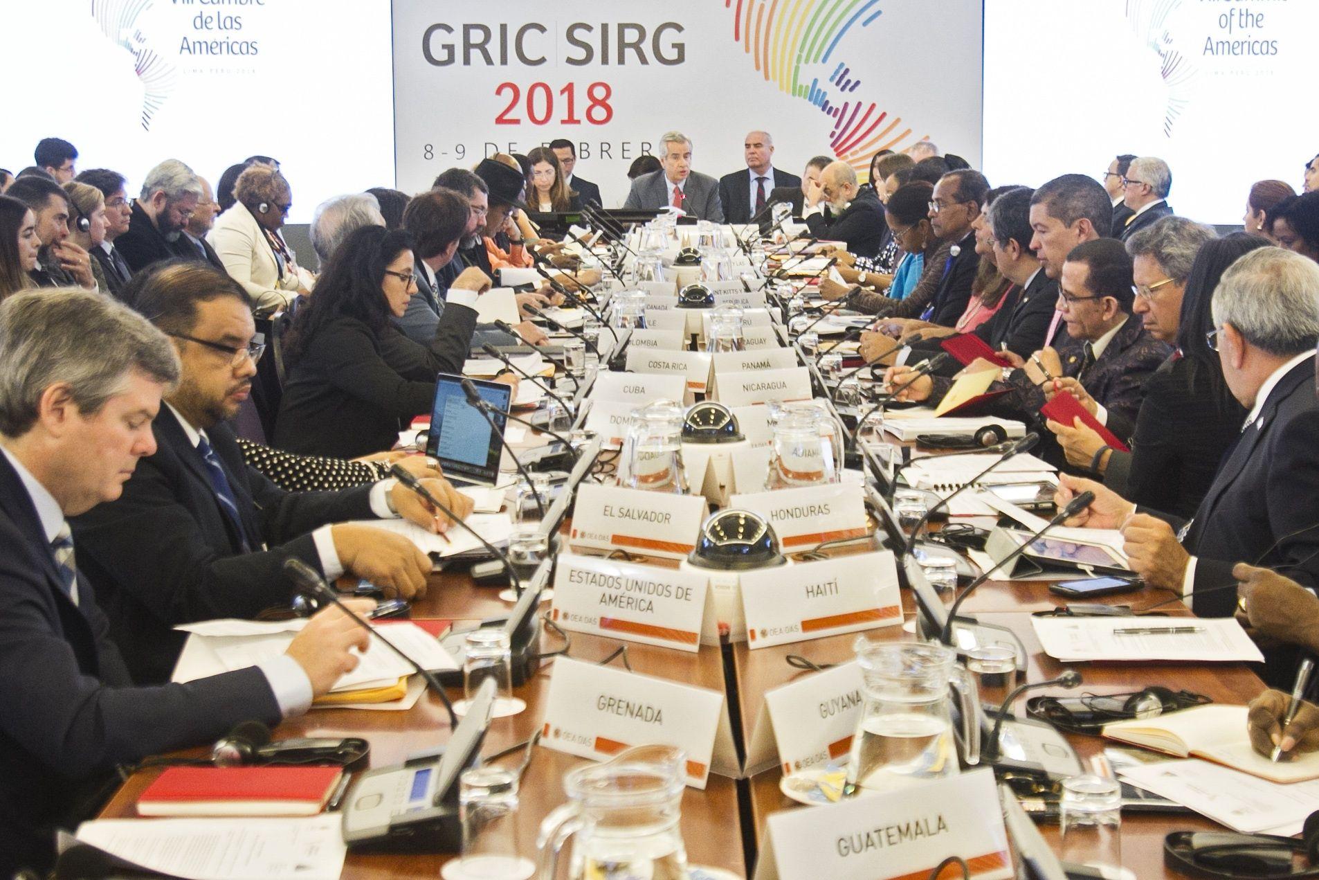 Cumbre de las Américas: Aprueban compromiso contra la corrupción