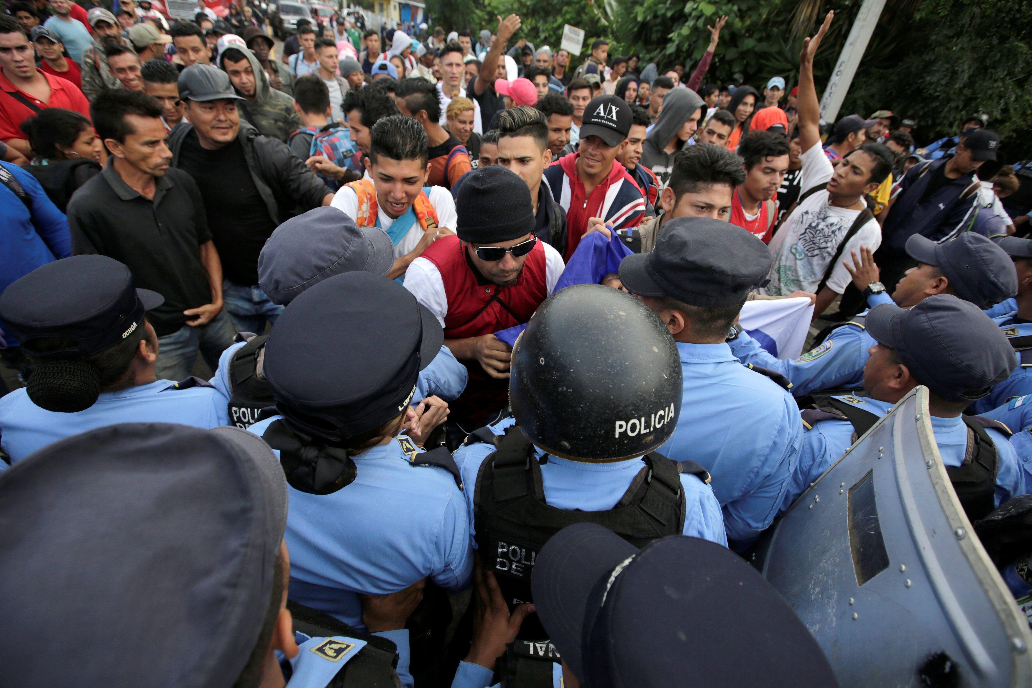 Honduras y Guatemala buscarán procesar a organizadores de caravana