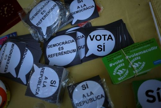 Catalan Students, Activists Continue Pro-Referendum Protests